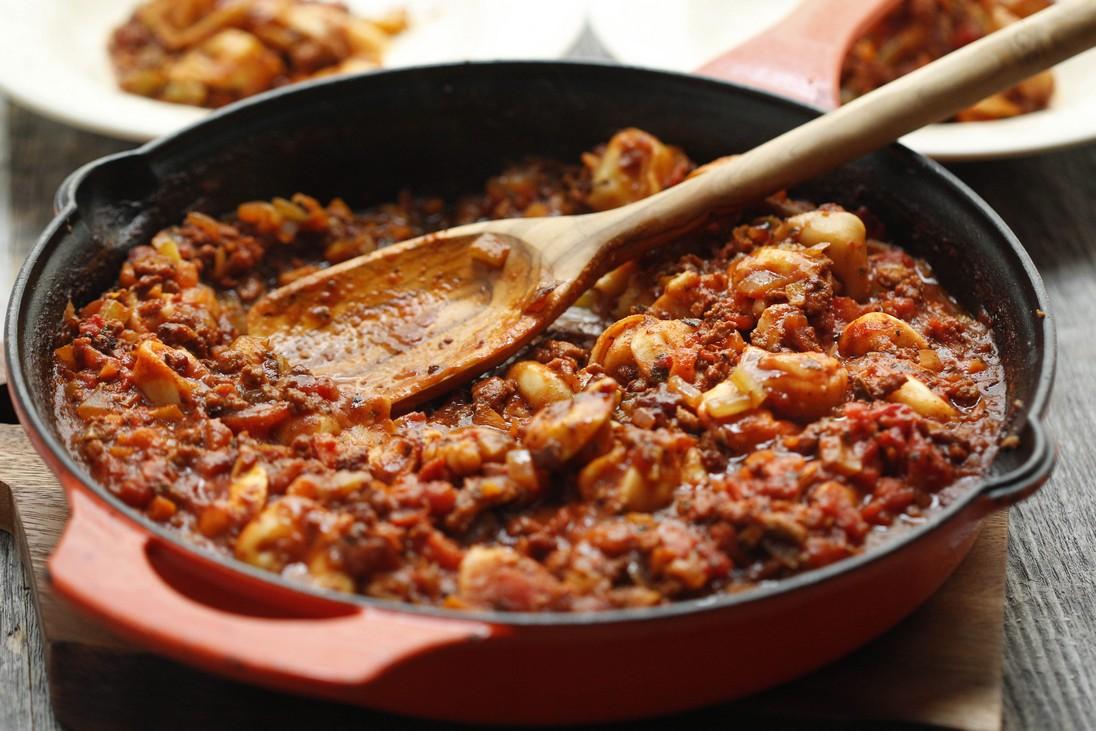 One-Skillet Tortellini Bolognese