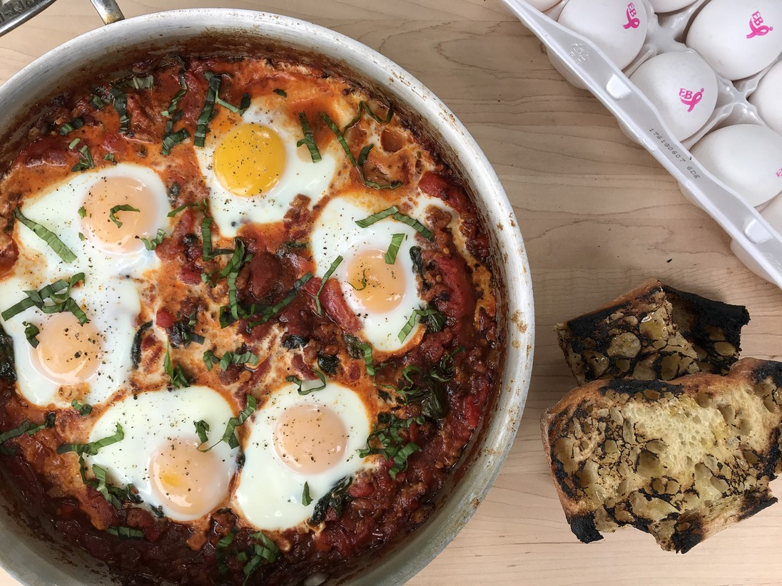 Italian-Style Shakshuka with Garlic Toast