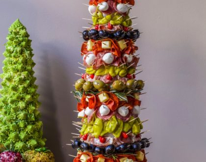 Appetizer Tree: Antipasto Tree with Garlic Knots