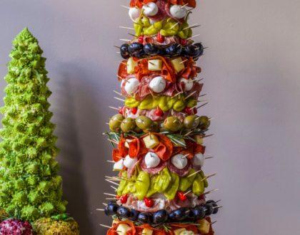 Appetizer Tree: Antipasto Tree with Garlic Knots